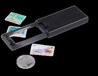 זכוכית מגדלת נשלפת עם הגדלה של x2.5 (עדשה גדולה) וx45 (עדשה קטנה), כולל מנורת UV ו2 נוריות LED